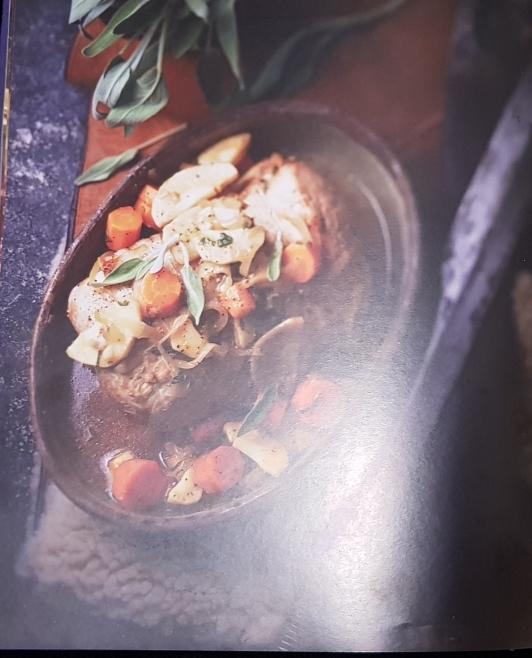 Page 100 du livre La cuisine des sorcièrs de Aurélia BEAUPOMMIER édition de NOYELLES octobre 2017